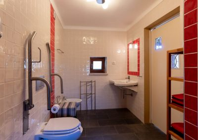 Casa do Forno, the bathroom