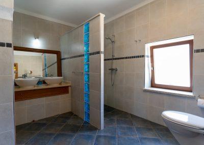 Quinta do Penedo, o banheiro